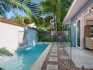 Hanalei Beach House at 4 Mile Beach - Port Douglas vacation rentals