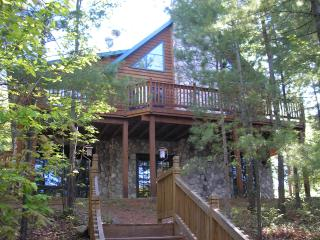 Secluded Cabin on private lake near Rhinelander. - Gleason vacation rentals