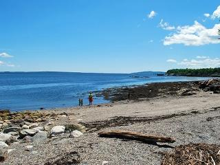 BAY VIEW BEACH COTTAGE - Town of Searsport - Islesboro vacation rentals