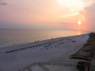 Oceanfront condo, July 4-11 week open, weekly only - Panama City Beach vacation rentals