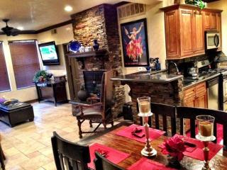 Over the top Jewel of North Scottsdale - Scottsdale vacation rentals