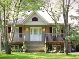 Guesthouse/B&B in beautiful Prince Edward County - Bloomfield vacation rentals