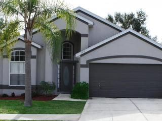 Craine-Wonderful Davenport Vacation Home for Rent-4 beds, 2 bath, Private Pool, Great Rates - Davenport vacation rentals