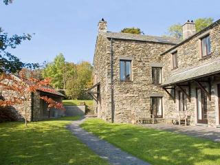 HELM LUNE, family friendly, character holiday cottage, with open fire in Bowness & Windermere, Ref12923 - Grasmere vacation rentals