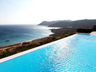 5 bedroom luxury beach villa with private pool - Agios Ioannis vacation rentals