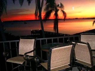 MILLION $ waterview from condo on tropical island. - Saint Petersburg vacation rentals