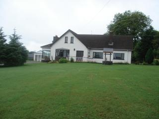 Quarrytown Lodge Bed & Breakfast, Ballymena, BT43 - Belfast vacation rentals