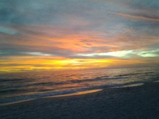 Boat Lovers-GreatCondo,Great Value 3min Beach walk - Panama City Beach vacation rentals