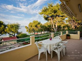 Apartment, view on sea, only 50 m from beach (A4) - Slatine vacation rentals