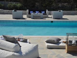 4 bedroom luxury Santa Maria beach villa - Paros vacation rentals