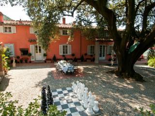 VILLA IGEA - Fabbriche di Vallico vacation rentals
