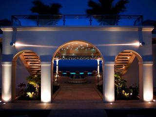 Mes Amis at Terres Basses, Saint Maarten - Oceanfront, Pool, Luxury Home - Terres Basses vacation rentals