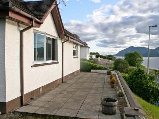 MORVICH COTTAGE, with a garden in Fort William, Ref 10006 - Fort William vacation rentals