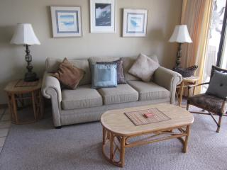 Panoramic Views 20th Floor Large 1BR, Free Pkg & W - Honolulu vacation rentals