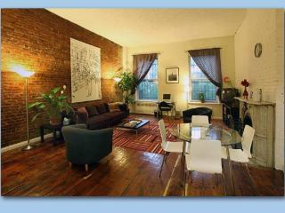 Big 2 bed/2 bath on own floor (2nd), E. Village - New York City vacation rentals