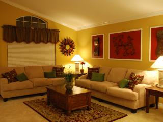 Absolutely Stunning Pool Home In Solana Resort!! - Davenport vacation rentals