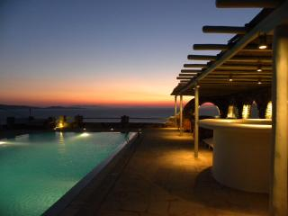 A Magical Retreat In Mykonos - Mykonos vacation rentals