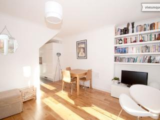 Royal Oak Court 2 bed apartment, Hoxton - London vacation rentals