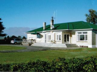 Miranda Homestead, Seabird Coast, New Zealand - Thames vacation rentals