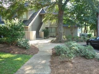 Great Deal on Beautiful, Remodeled 2 Bedroom Villa with a Terrace - Myrtle Beach - Grand Strand Area vacation rentals