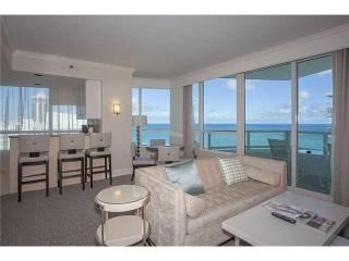 Fontainebleau Luxurious 1 Bdrm Tresor Ocean View - Miami Beach vacation rentals