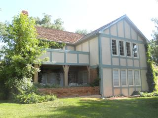 Broadmoor English Tudor - Book Summer Now $325.00! - Colorado Springs vacation rentals