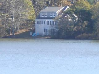 30' from pond, Private 4 bedrooms, Internet! - Eastham vacation rentals