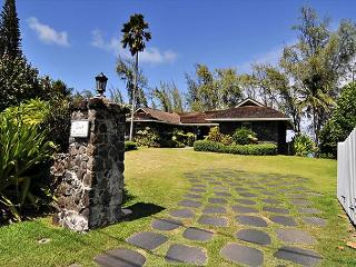 Waimanalo - Restored Historic Beachfront Home - Waimanalo vacation rentals