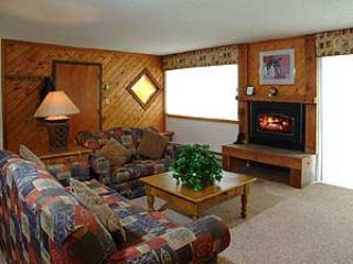 2 Bedroom, 2 Bathroom House in Breckenridge  (01A) - Image 1 - Breckenridge - rentals