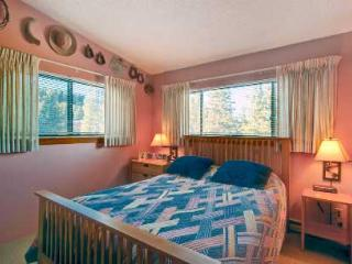 2 Bedroom, 2 Bathroom House in Breckenridge  (04E) - Breckenridge vacation rentals