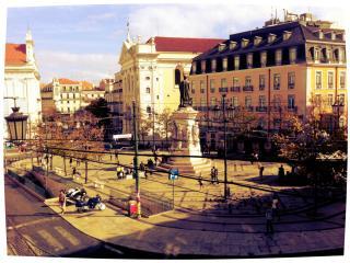 2 bedroom condo in the heart of Lisbon - Lisbon vacation rentals