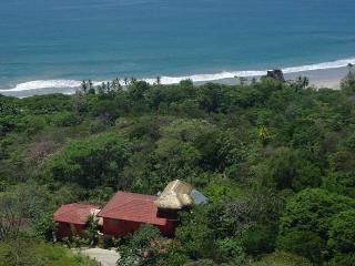 Villas Vecinos - Adjacent Homes - Walk to Beach! - Manuel Antonio National Park vacation rentals