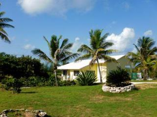 Spacious Secluded Villa Overlooking Ocean and Sea! - Eleuthera vacation rentals