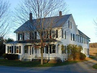 Foster West Farmhouse- Alyson's Orchard - Harrisville vacation rentals