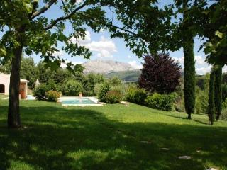 Terrific Holiday Rental Villa with Pool in Meyreuil Aix en Provence - Saint-Maximin-la-Sainte-Baume vacation rentals