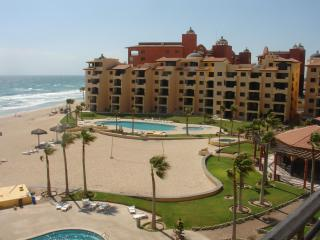 2 Bedroom / 2 bath condo on Sandy Beach, Mexico. - Northern Mexico vacation rentals