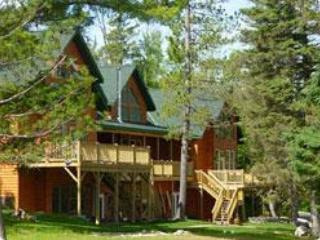 Grand Vermilion Chalet (Reunion Cabin) - Cook vacation rentals