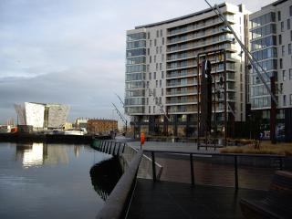 Titanic View Apartment, Belfast - Belfast vacation rentals