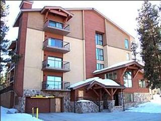 Cozy Mountain Lodging - Walking Distance to Town and Peak 9 (7011) - Breckenridge vacation rentals