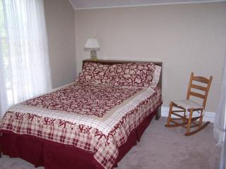 Elliott House - Grand Haven vacation rentals