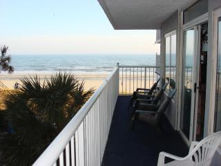 Spacious 3 BR Oceanfront condo in Myrtle Beach - Myrtle Beach - Grand Strand Area vacation rentals