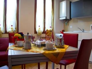 Ca Incanto in the heart of the real Venice - Venice vacation rentals