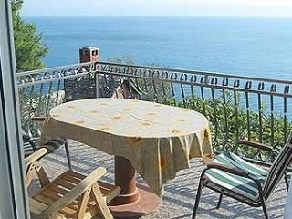 Super Horizont Apartments Ivic -Stobrec - Split-Dalmatia County vacation rentals