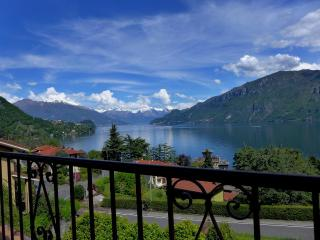 Lake View Villa with private garden and parking. - Perledo vacation rentals