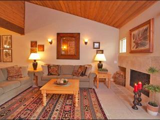 Extremely Spacious Condo - Beautiful Modern Decor (1034) - Sun Valley / Ketchum vacation rentals