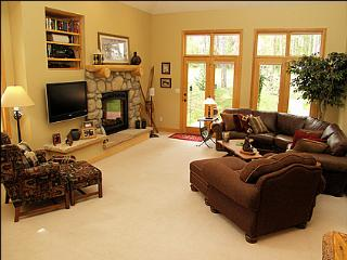 Available for Long or Short Term Rental - Perfect for Couples or Families (2413) - Winter Park vacation rentals