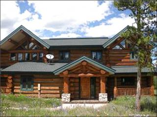 Gorgeous Log Home - Just 15 Minutes from Winter Park (5018) - Winter Park Area vacation rentals