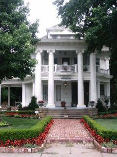Hayes House Luxury Suites - Muskogee vacation rentals
