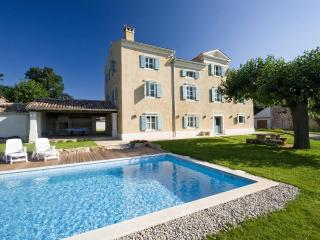 Authentic istrian Stanzia Cocci -privacy&luxury - Basanija vacation rentals
