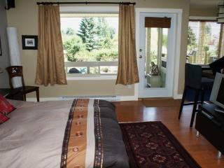 Amata Guest Retreat - Salt Spring Island vacation rentals